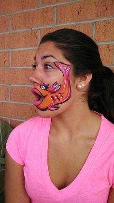 Fishy face paint. Really cute. Lol