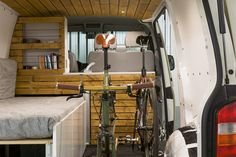 VW Transporter Campingbus Ausbau mit Fahrrad DIY Campervan with Space for bicycles Vw T5 Camper, Camper Van Life, Vw T4, Camper Trailers, Campers, T5 Transporter, Volkswagen Transporter, Ford Transit Connect Camper, Fendt Caravan