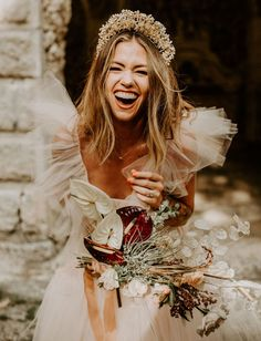 You've Got to See the Masterpiece of a Gown from this Surprise Vow Renewal in Miami's Vizcaya Gardens - Green Wedding Shoes Bridal Braids, Bridal Hair, Bridal Crown, Hair Wedding, Loose Hairstyles, Wedding Hairstyles, Hippie Style, Boho Wedding Dress Bohemian, Bohemian Weddings