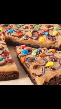 Peanut Butter Brownie Pizza :D