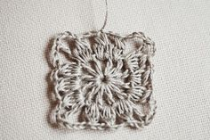 Free tutorial–Granny Square crochet/fabric Dress | Mon Petit Violon