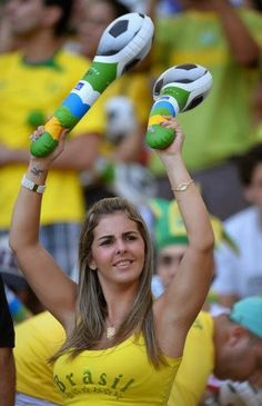 World Cup Brazil sexy hot girls football fan, beautiful woman supporter of the world. Pretty amateur girls, pics and photos Hot Football Fans, Football Girls, Soccer Fans, Soccer World, Soccer Players, Female Football, Fifa, Brazil Beauty, Hot Fan