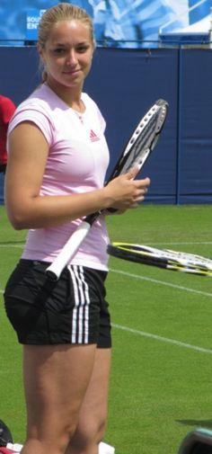Sabine Lisicki David Goffin, Sabine Lisicki, Wimbledon, Female Athletes, Athletic Women, Sport Girl, Sports Women, Cheer Skirts, Beautiful People