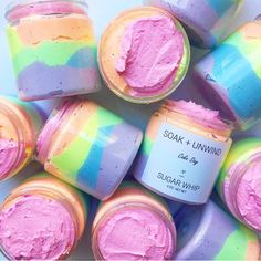 Cake Day Sugar Whipped Soap - Moist white cake and sweet buttercream vanilla frosting - smells so good you'll want to eat it, but don't! Diy Savon, Savon Soap, Sugar Scrub Homemade, Homemade Soap Recipes, Homemade Body Butter, Diy Body Scrub, Diy Scrub, Body Scrub Recipe, Zucker Schrubben Diy
