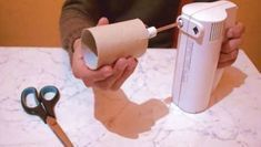 Наденьте втулку от туалетной бумаги на венчик миксера и узнайте секрет, о существовании которого не догадывались раньше — Мир интересного