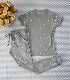 1 million+ Stunning Free Images to Use Anywhere Cute Pajama Sets, Cute Pajamas, Girls Pajamas, Cute Pjs, Pajamas Women, Girls Fashion Clothes, Teen Fashion Outfits, Girl Outfits, Cute Sleepwear