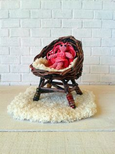 Crochet small toy for doll! She have'nt name jet. Live in my doll room with fireplace and wicker furniture. Now small dolly want show you beautiful wicker chair.