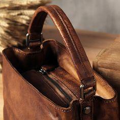 Handmade Leather Messenger Bag Handbag Shoulder Bag Small Satchel WF82 - LISABAG