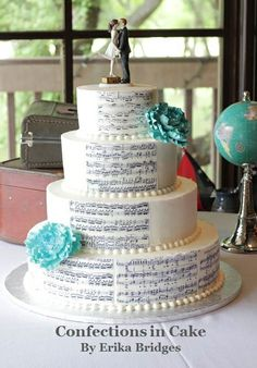 Sheet music wedding cake  with moonlight but going all around