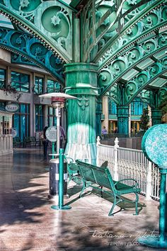 Pictures of Paris hotel and casino in Las vegas Paris Hotel Las Vegas, Paris Hotels, Visit Las Vegas, Las Vegas Trip, Nevada, Las Vegas Pictures, Find Cheap Hotels, Visit New Orleans, Valley Of Fire