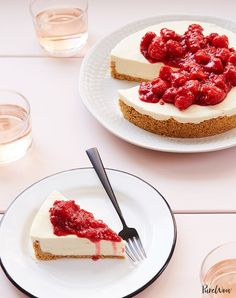 No-Bake Cheesecake with Raspberry Compote Recipe - PureWow Key Lime Fudge, Patriotic Desserts, Patriotic Crafts, July Crafts, Memorial Day Desserts, Easy Summer Desserts, Summer Food, Raspberry Ice Cream, Flag Cake