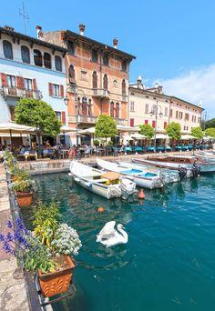 Desenzano del Garda BS Places Around The World, Around The Worlds, Wonderful Places, Beautiful Places, Places To Travel, Places To Visit, Postcards From Italy, Lake Garda Italy, Italian Lakes