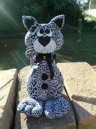 Resultado de imagem para molde vovó peso de porta Handmade Stuffed Animals, Sewing Stuffed Animals, Stuffed Toys Patterns, Handmade Crafts, Diy And Crafts, Sewing Crafts, Sewing Projects, Fabric Animals, Fabric Toys