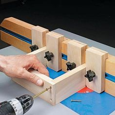 Woodworking is a job, for which one requires to work with precision and skill. Mistakes during woodworking may spoil the whole piece. In woodworking, there are some things, which should be done repeatedly. woodworking jigs are tools, Woodworking Jigsaw, Woodworking Classes, Easy Woodworking Projects, Woodworking Techniques, Popular Woodworking, Woodworking Furniture, Woodworking Shop, Woodworking Plans, Woodworking Supplies