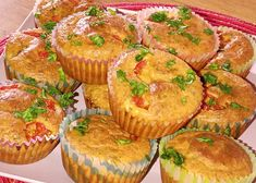 Slané jogurtové muffiny recept - TopRecepty.cz Good Food, Low Carb, Menu, Cupcakes, Breakfast, Cooking, Recipes, Menu Board Design, Morning Coffee