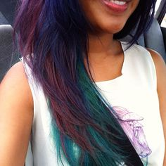 peacock hair. this was fun. but hard to maintain coz purple washes out faster than green.