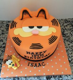 Garfield Birthday Cake (with Odie)