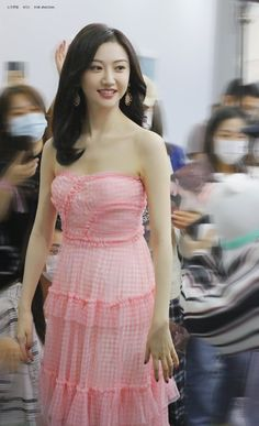 Jing Tian, Chinese Actress, Beauty Photos, Asian Beauty, Strapless Dress, Actresses, Artist, Fashion, Strapless Gown
