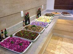 Gastronomia diversificada. http://www.vilaverdehotel.com.br/gastronomia.asp