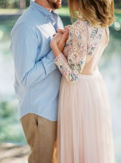 Sun-filled Engagement Session at Rock Springs Park - Style Me Pretty Engagement Outfits, Winter Engagement, Engagement Couple, Engagement Session, Engagement Photos, Engagements, Pink Gowns, Asian Bride, Engagement Photo Inspiration