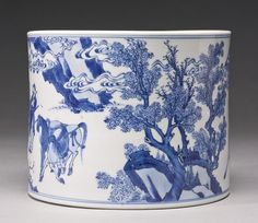 A blue and white brushpot (bitong), Qing dynasty, Kangxi - Photo de China - Qing dynasty - Alain. Blue And White China, Blue China, Porcelain Vase, White Porcelain, Chinese Ceramics, Qing Dynasty, Chinese Antiques, Chinese Art, Chinese Painting