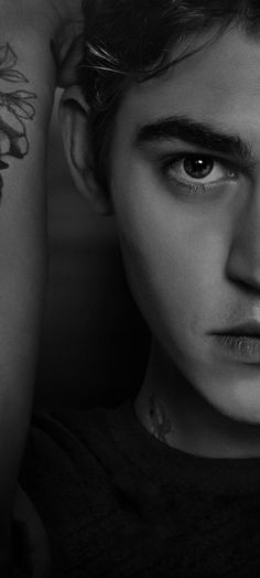 After Libro 2, Drawings With Meaning, Hottest Guy Ever, Hardin Scott, After Movie, Hessa, Hero 3, Hero Wallpaper, Cute Actors