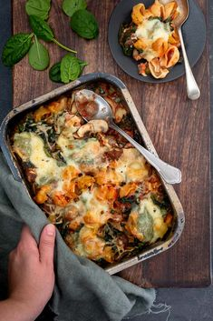Oven pasta met gehakt en spinazie - Mind Your Feed recipe no meat Prom Hairstyles, Lasagna Recipe With Ricotta, Mince Dishes, Quick Meals To Make, Spinach Benefits, Italy Food, Pasta Bake, How To Cook Pasta, Food Network Recipes