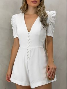 Cute Casual Outfits, White Outfits, Couture Sewing Techniques, Everyday Dresses, Western Outfits, Casual Looks, Spring Outfits, Rompers, Shorts