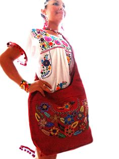 I am kinda obsessed with mexican embroidery :)