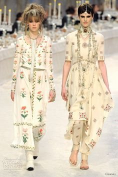 Luxurious layered outfits and pant suits with a South Asian inspired detailing from Chanel Pre-Fall 2012 collection. Haute Couture Style, Chanel Couture, Chanel Fashion, Runway Fashion, High Fashion, Fashion Show, Fashion Design, Indian Dresses, Indian Outfits