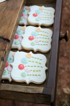 """""""embroidered"""" cookies {The Party Wagon - Blog - LITTLE HOUSE ON THE PRAIRIEPARTY}"""