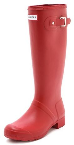The original Hunter wellies in a cool, matte finish and a convenient, foldable design. A buckled strap accents the shaft, while soft nylon lining and a cushioned footbed offer a comfortable fit. Lug sole.  Imported, China. This item cannot be gift-boxed.  NOTE:  High-quality natural rubber may release white marks, which can be wiped clean.  MEASUREMENTS Heel: 1in / 25mm Shaft: 15in / 38cm Circumference 15in / 15cm - Red