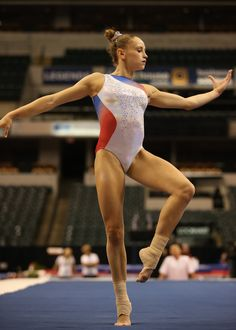 Rachel Gowey Podium Training at the 2015 National Gymnastics Championship in red, white, and blue leotard