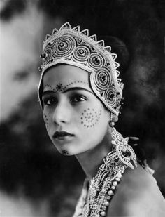 Seeta Devi was one of the earliest silent film actresses. This photo is from her debut film Prem Sanyas. I love the detail of the costume and makeup upon her young and innocent face, just beautiful!