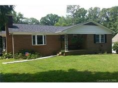 1465 Hickory Avenue. For Sale!