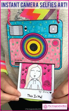 Best 11 This is such a fun back to school art activity for kids. Make an instant camera, create snapshots and 'develop' them. A fun first week back activity, encouraging summer reflection, team building and goal setting. Back To School Art Activity, Art School, School Classroom, Projects For Kids, Crafts For Kids, Arts And Crafts, Summer Art Projects, Fair Projects, Art Activities For Kids