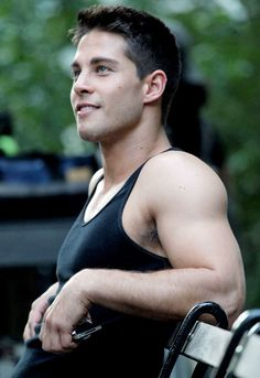 Dean Geyer -Brody from Glee