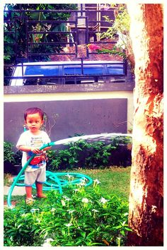 Path — Arief Rachman Lihat kebunku penuh dengan bunga.. #klaten #pulkam5