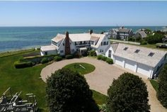 Taylor Swift has reportedly bought herself this luxury vacation home in the Kennedy Compound in Hyannis Port Les Kennedy, Ethel Kennedy, Jackie Kennedy, Cape Cod, Massachusetts, Taylor Swift House, Kennedy Compound, Hyannis Port, Beav