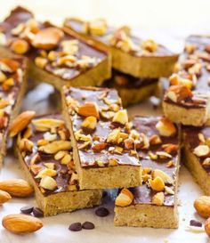 High-Protein Snacks: Homemade Almond Crunch Protein Bars