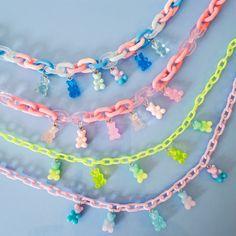 Cute Jewelry, Diy Jewelry, Beaded Jewelry, Jewelery, Kawaii Accessories, Jewelry Accessories, Pulseras Kandi, Kandi Bracelets, Indie Girl
