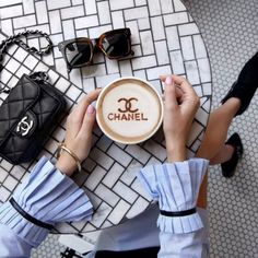 Coffee with Chanel. Parisienne Chic, Coffee Is Life, Coffee Art, Coffee Lovers, Coffee Cups, Coco Chanel, Chanel Beauty, Sunnies, Sunglasses