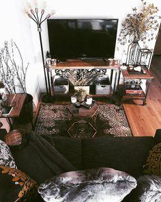 Boho Decor A shrine to a sacred piece of my apartment decort: the television. TV stand decor makes i Home Living Room, Apartment Living, Living Room Designs, Living Room Decor, First Apartment Decorating, Apartment Design, Apartment Interior, Apartment Ideas, Ux Design