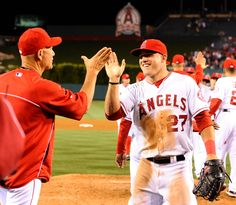 An explosive start for the Angels leads to a 12-0 win against the Mariners.