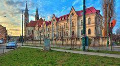 Piata Balcescu, Catedrala Catolica- autor Antonius Plaian Romania, Mansions, House Styles, Beautiful, Home Decor, Author, Decoration Home, Manor Houses, Room Decor