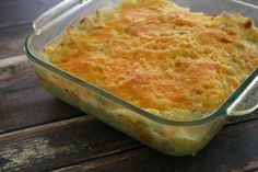 Green Chile, Chicken & Rice Casserole - White Lights on Wednesday.I would have to use just regular chopped green chiles (not hatch ones).use gf soup! Hatch Green Chili Recipe, Hatch Chili, Chicken Rice Casserole, Baked Rice, Mexico Food, Creamy Chicken, Great Recipes, Favorite Recipes, Yummy Recipes