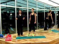 Daha Dik ve Dolgun Göğüslere Sahip Olmanız İçin Egzersizler /sporsaglikdiyet.com/ - YouTube