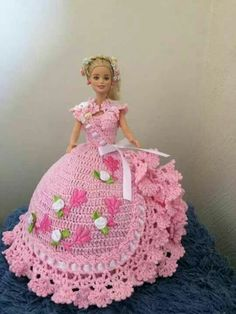 How To Crochet Doll Dress (Step By Step) - - Crocheters who love elegant creation, this is often another nice chance to create a beautiful doll dress with their own hands in just a brief amount of your tim. Crochet Barbie Patterns, Crochet Doll Dress, Crochet Barbie Clothes, Doll Clothes Barbie, Doll Dress Patterns, Barbie Dress, Crochet Doll Pattern, Pattern Sewing, Pants Pattern