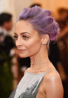 If you're into braided Mohawk styles & want to try something new, These braided Mohawk hairstyles are everything from romantic and feminine to modern and edgy. Mohawk Hairstyles For Women, Celebrity Hairstyles, Mohawk Styles, Hair Styles, Nicole Richie Hair, Pretty Ear Piercings, Nose Piercings, Dyed Hair Pastel, Red Carpet Hair