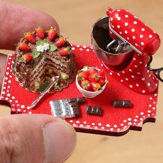 Chocolate and strawberry cake 1/12 scale miniature